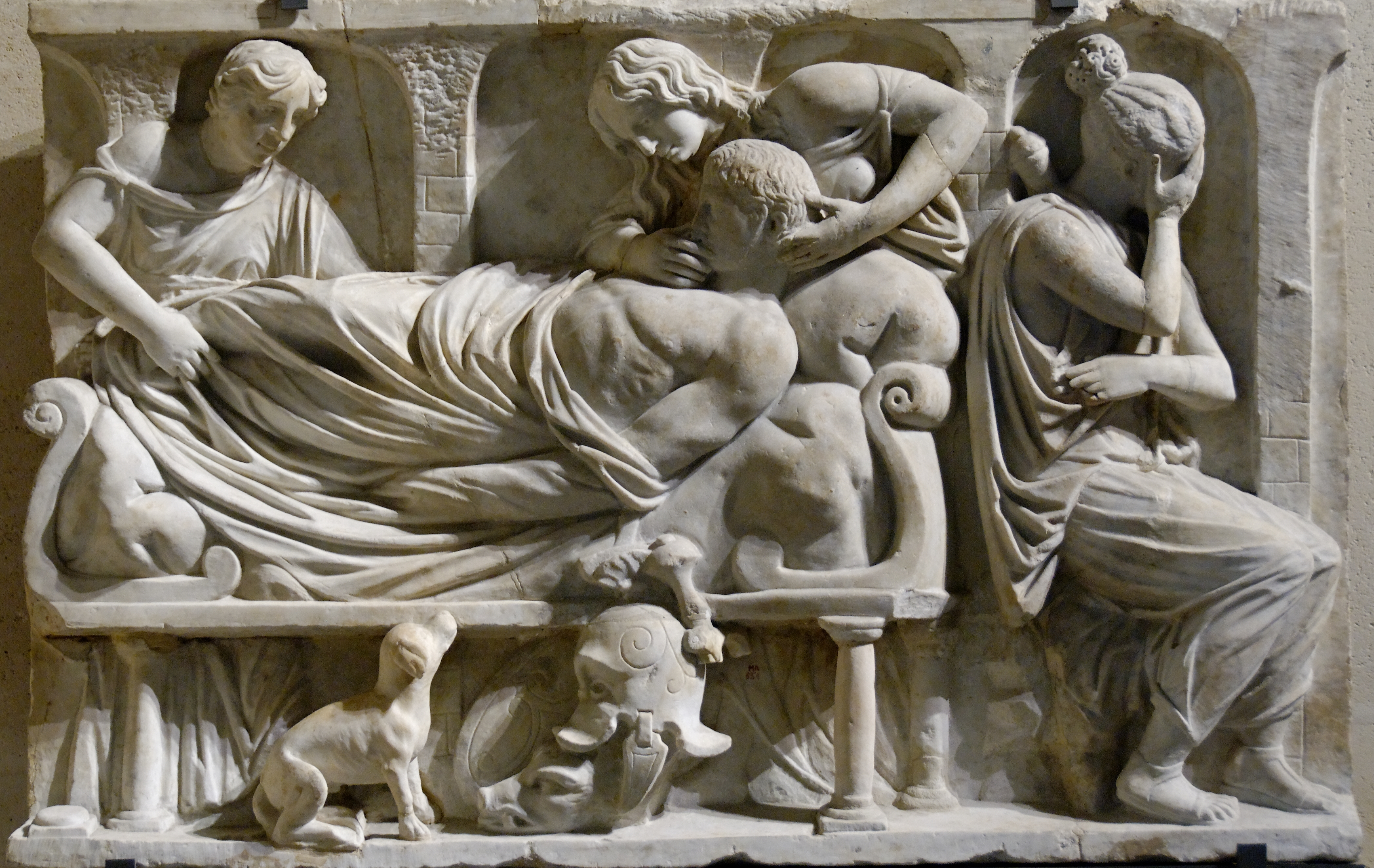 an analysis of the roman burial customs The period after the dissolution of roman empire and up to the year 1000 was an incredibly lawrence nees's early medieval art burial customs varied, some as.