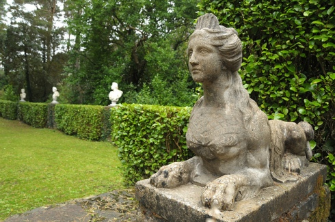 Sphinx Garden (Ireland) photo by Bibliona