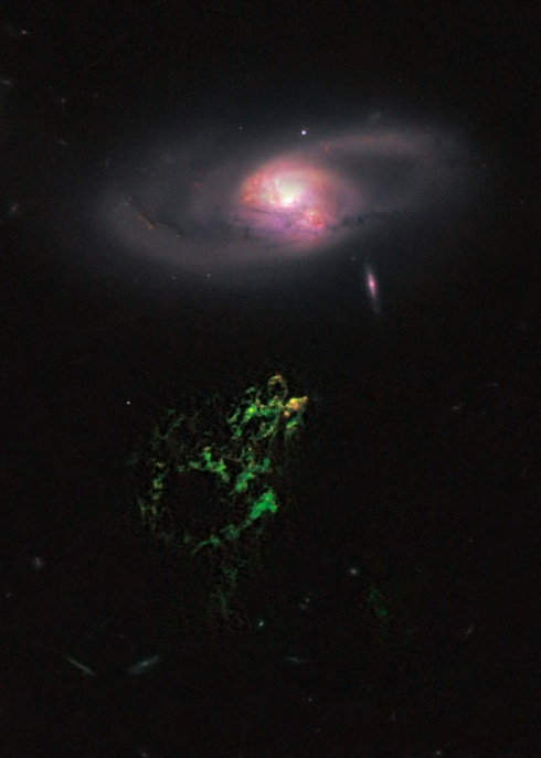 Hanny's Voorwerp and Galaxy IC2497 (Hubble Space Telescope)