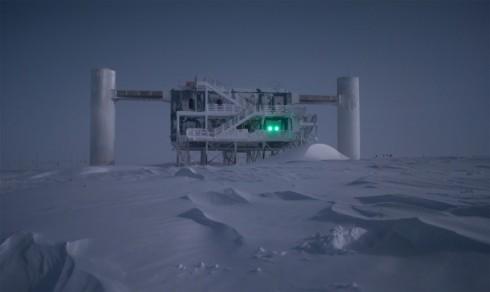 Antarctica's IceCube Neutrino Observatory (Photo by Sven Lidstrom)