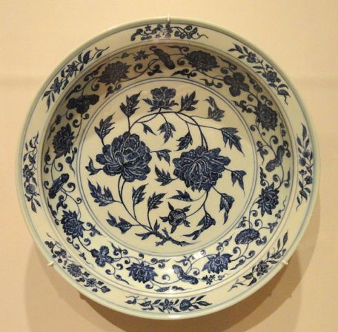 Charger with two Peony Blossoms Early 15th century (Yongle Reign)