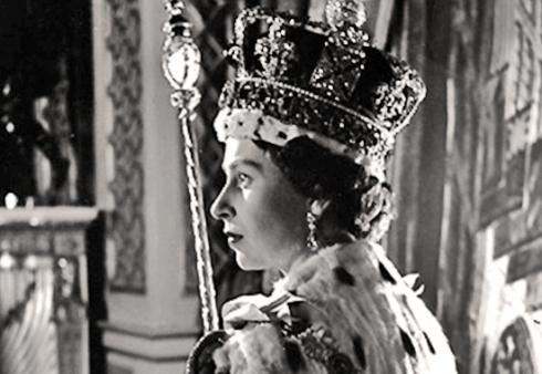 Elizabeth II wears the crown at her coronation in 1953