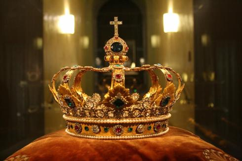 The Crown of Bavaria (with an imitation Wittelsbach Diamond)