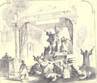 Hong Xiuquan and followers destroying Kan-wang-ye Idol in 1844