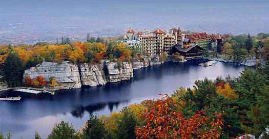 The mohonk mountain house ferrebeekeeper for Lake house upstate ny