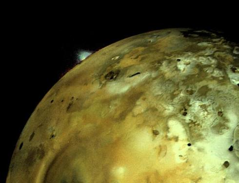 A Volcanic Eruption on Io (imaged by Voyager I)
