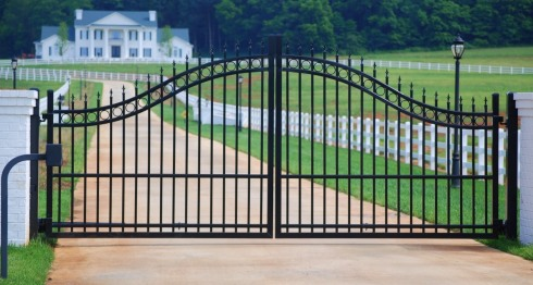 Private Modern Gate
