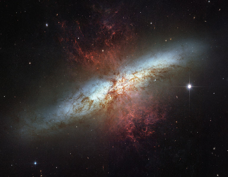 A mosaic image taken by the Hubble Telescope of Messier 82 (NASA, ca. 2000)