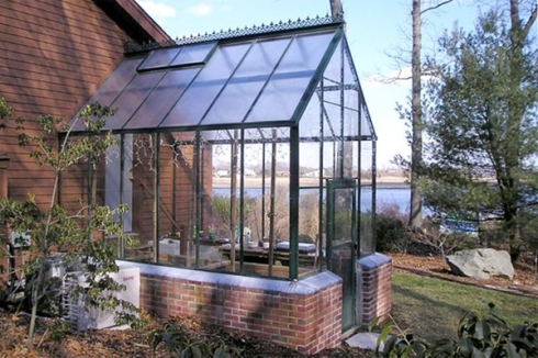she-cave-greenhouses-gothic-arch_973446ee2cac2309a4d58d69cfafb6f3