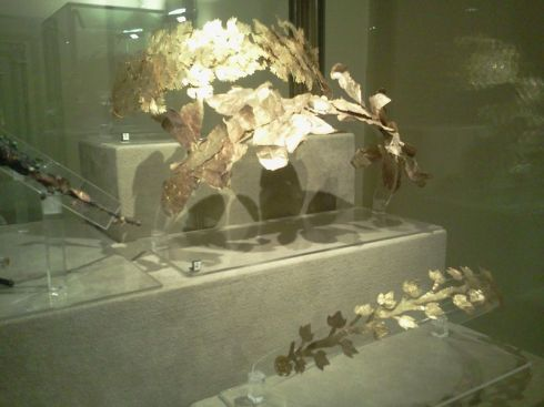 Three Gold Wreathes  from the Gregorian Etruscan Museum at the Vatican ca. 4th century BC (http://irenebrination.typepad.com)