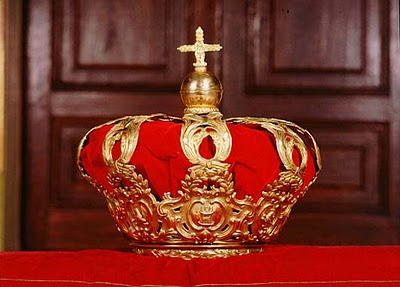 "Spain's ""Corona Tumular"" (originally the funeral crown of Elisabeth Farnese, Queen consort of Philip V)"