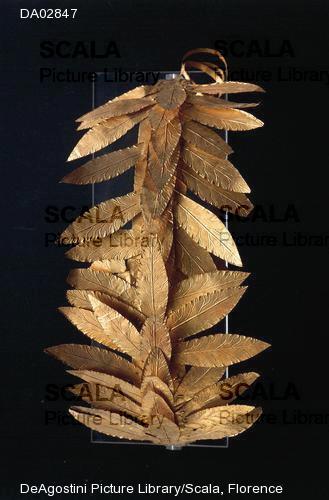 Golden crown of laurel leaves. Vulcan, Montalto di Castro ca. 350 BC