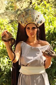 A model dressed as Angitia