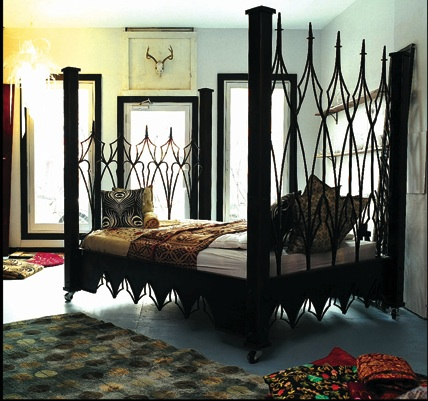mine_metal_art_beds_iron_gothic_canopy_9893