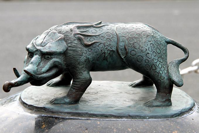 A Bronze Statue of a Baku