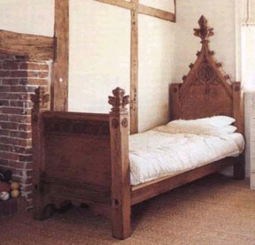 tudor-gothic-style-bed-bfp607