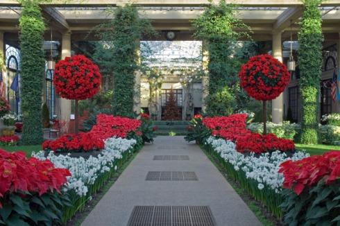 Longwood-Gardens-Christmas-Interior-680uw