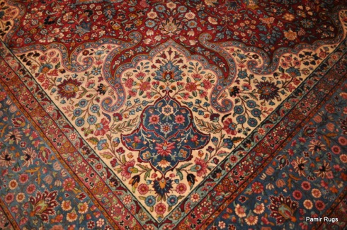 Antique Persian Kerman crica 1890's (made of wool dyed with natural dyes)