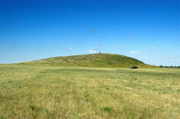 Sarmatian Kurgan 4th century BC, Fillipovka, South Urals, Russia.