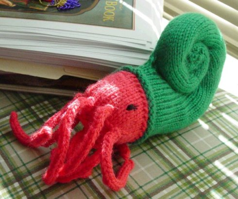 Naughty Nautiloid for Knitwits (Knitty.com)
