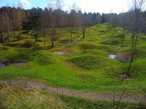 1280px-Battelfield_Verdun