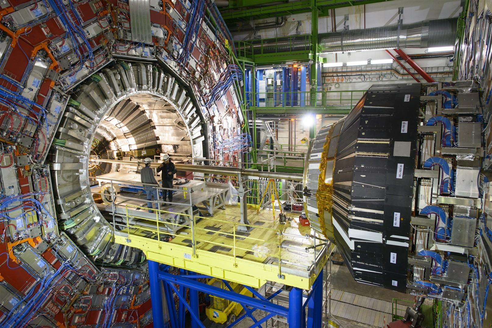 Short-Circuit-Stalls-Large-Hadron-Colliders-Restart1