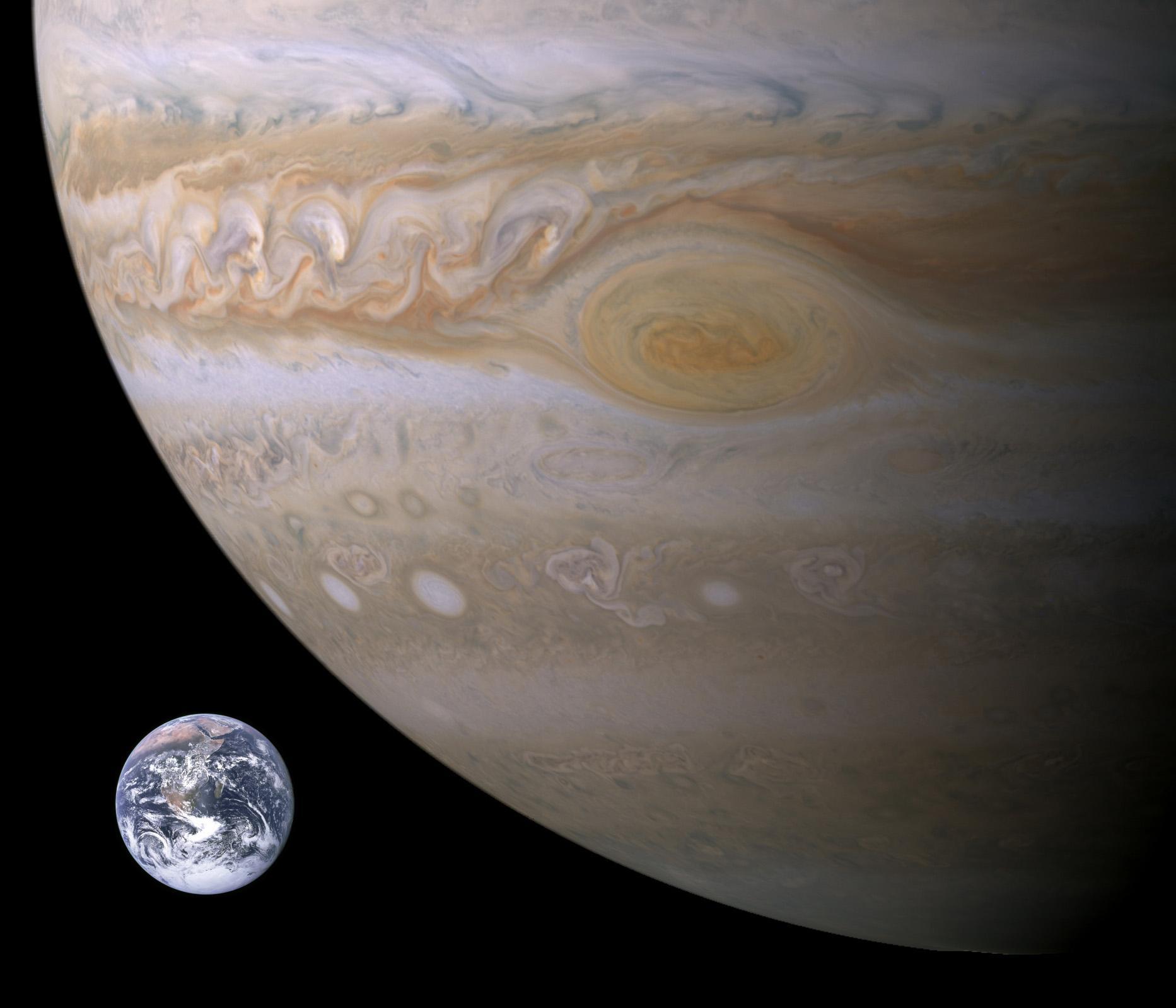 jupiter-earth-df09cea5