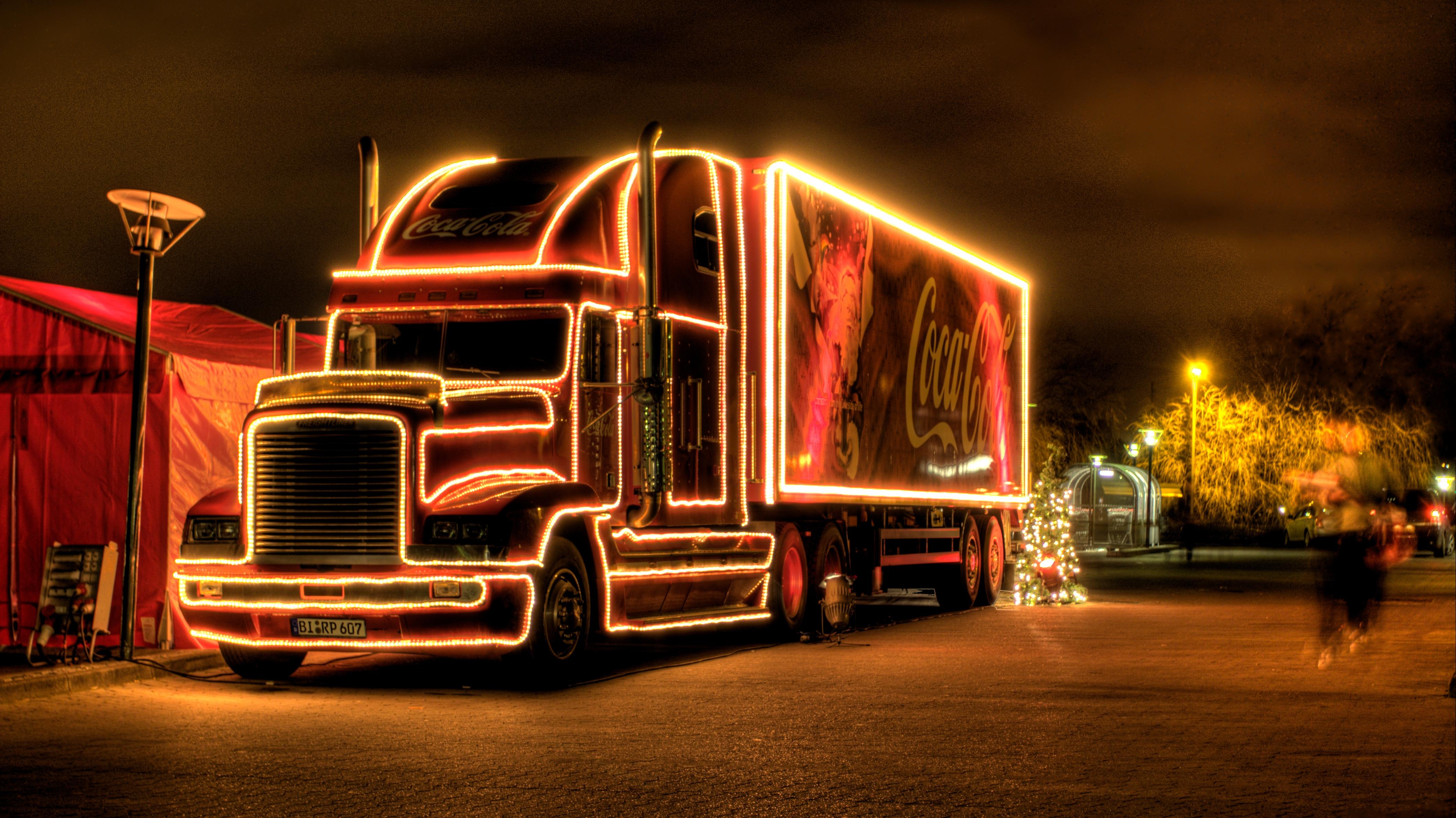 coca-cola-christmas-truck-2