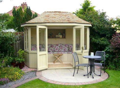 0e927c6c42ebc5d03fe31251f163134ce--summerhouse-ideas-sun-rays
