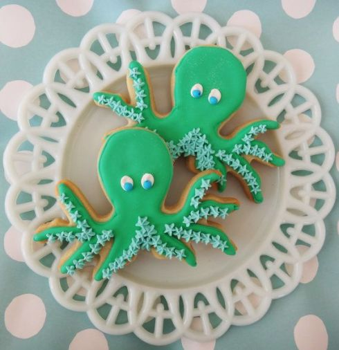 1e1b50681c462db513d7f11490fa18af--fish-cookies-fancy-cookies