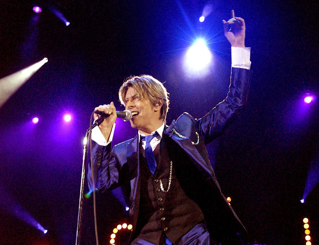 3055338-inline-11-2000s-tk-iconic-outfits-from-david-bowie.jpg