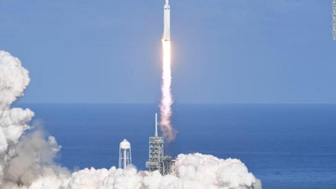 180206160159-spacex-falcon-heavy-2-1024x576.jpg