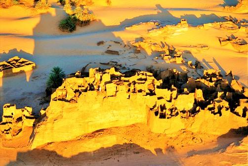 Ancient-city-of-Djado-00.jpg
