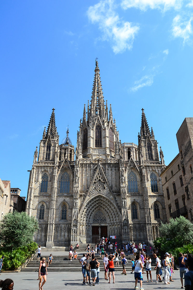 Cathedral_of_the_Holy_Cross_and_Saint_Eulalia.jpg