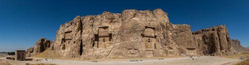 Naghsh-e_rostam,_Irán,_2016-09-24,_DD_20-24_PAN