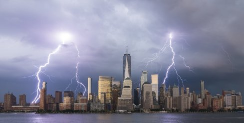 Three-people-got-struck-by-lightning-in-NYC-during-last-night%u2019s-insane-thunderstorm.jpg