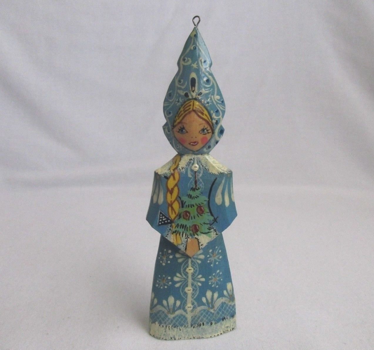 Vintage-Russian-Girl-Christmas-Ornament-Kokoshnik-Hand-Painted.jpg