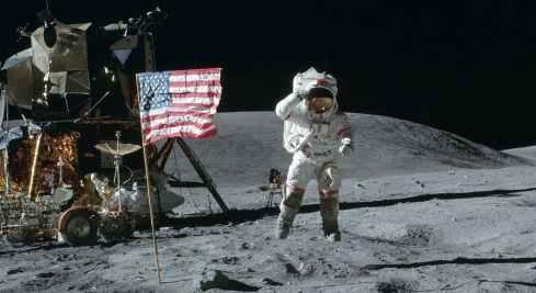 HEADER_MoonLanding.jpg