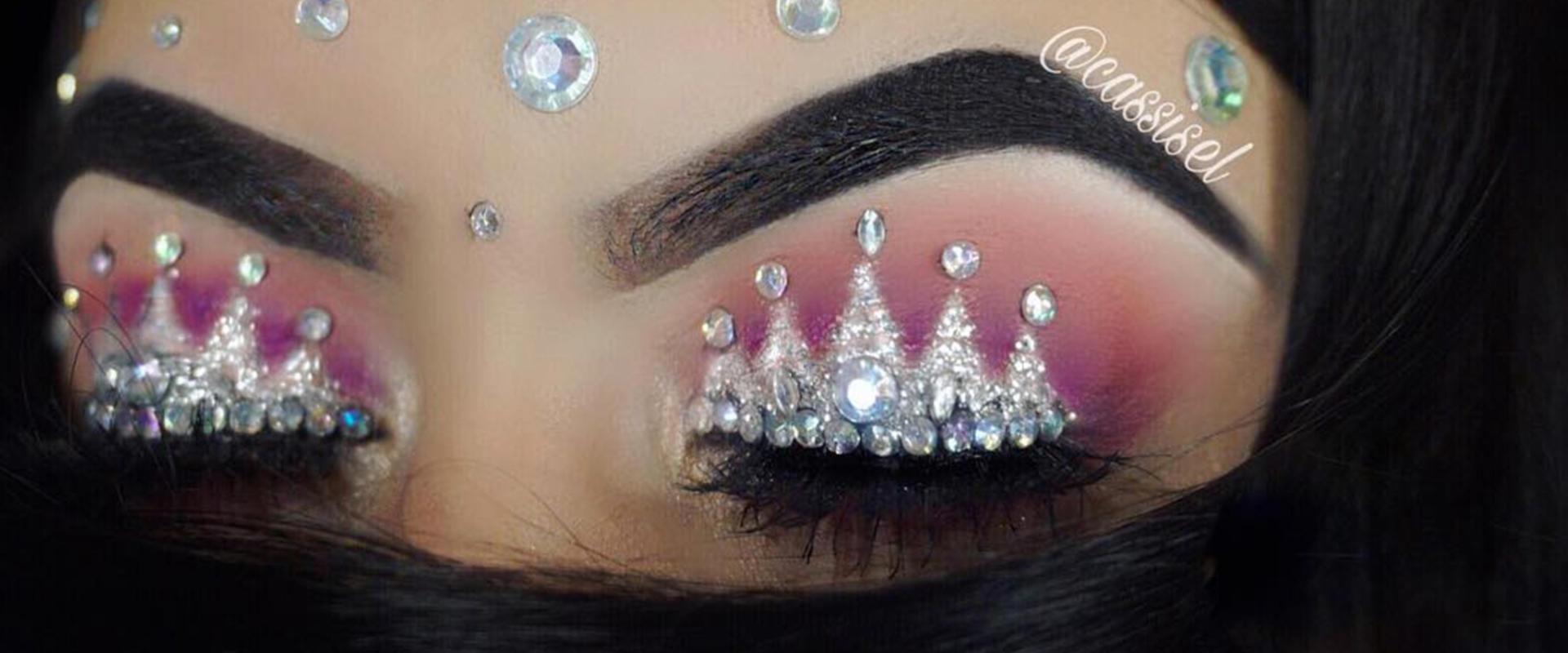 hero-crown-eye-makeup_0.jpg