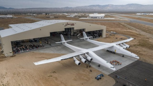 https _blogs-images.forbes.com_danielreed_files_2017_06_Stratolaunch-2