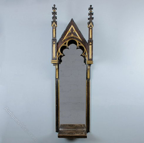 Gothic_Mirror_Wall_Bracket_ac049a1040b