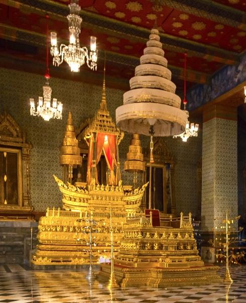 Gran_Palacio,_Bangkok,_Tailandia,_2013-08-22,_DD_57_(Cropped)