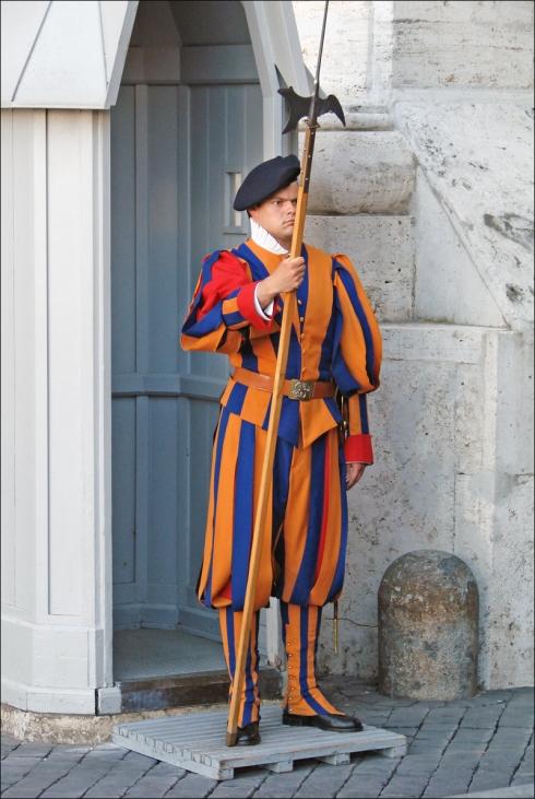 Garde_suisse_(Vatican)_(5994412883)
