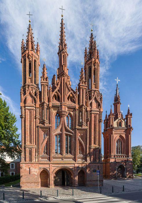 st-_annes_church_exterior_3_vilnius_lithuania_-_diliff